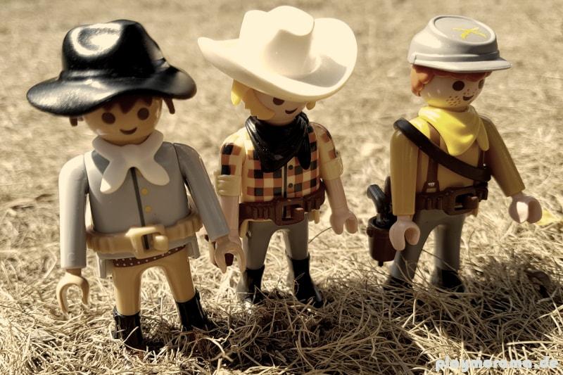 Cowboy aus Texas tragen Teile ihre alten Militäruniform, als sie noch Soldaten der Konföderierten waren