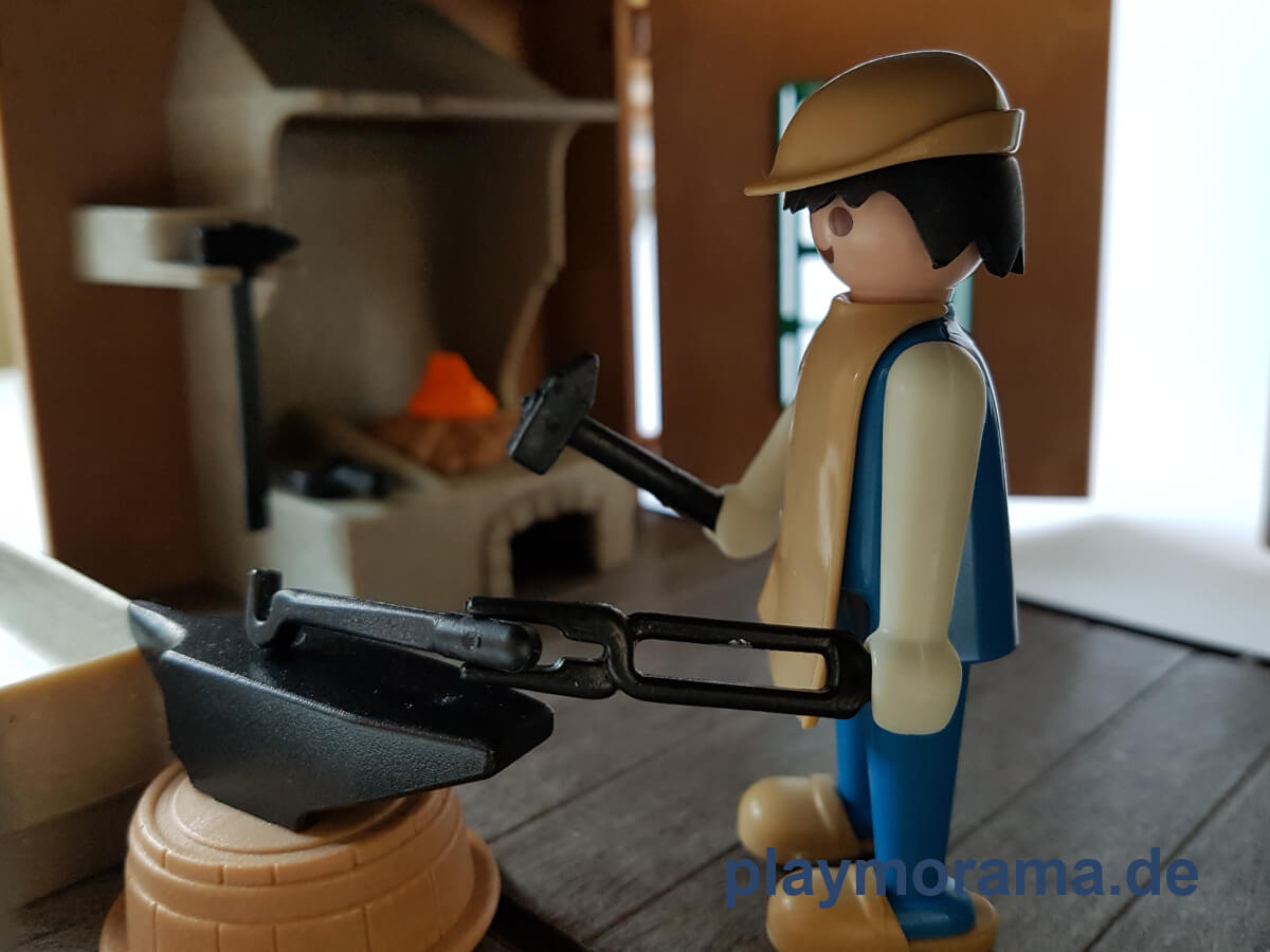 Playmobil Schmied mit Amboss 3370-A Classic von 1977