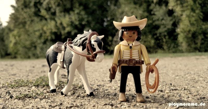 "Playmobil Indianer ""Donoma"" mit seinem Pferd"
