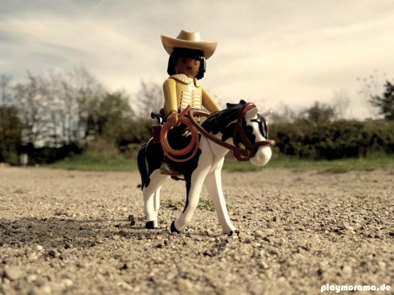 Custom Playmobil Indianer, der ein Cowboy sein möchte