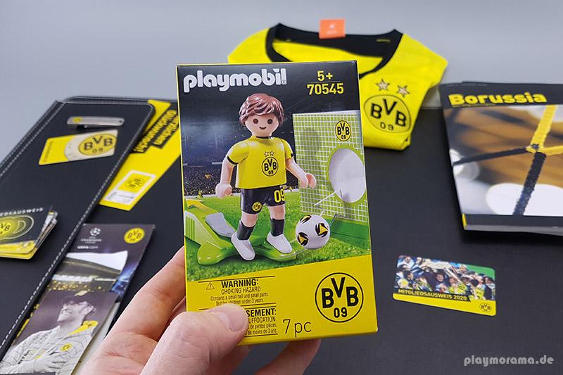 PLAYMOBIL-Sonderfigur BVB-Fußballer in Shirt und Hose mit BVB-Logo, mit Einhand-Kickfunktion und Ball mit cooler Grafik. Außerdem inkl. toller Torwand aus Karton im BVB-Design für das Schusstraining.