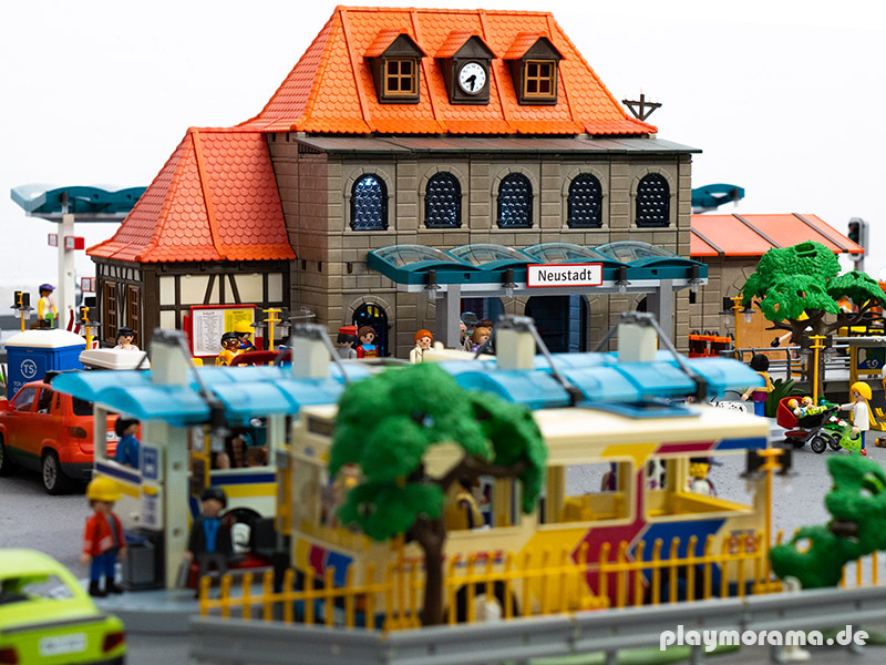 Playmobil Bahnhof Diorama Neustadt