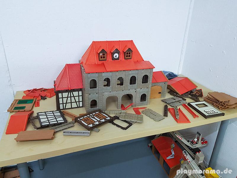Prototyp des neuen Playmobil-Bahnhof Neustadt