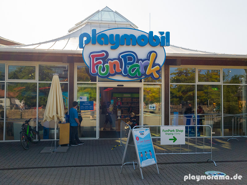 Eingang zum Playmobil Funpark Store