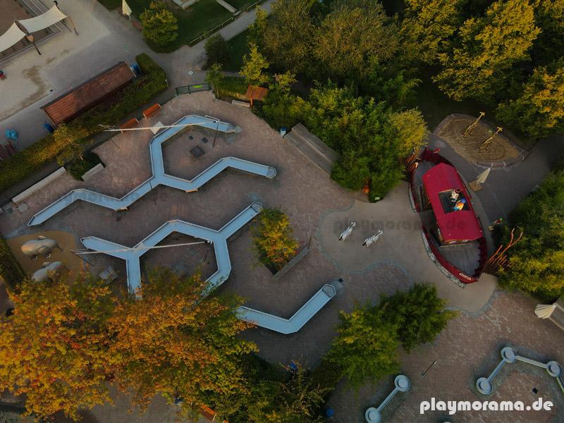 Arche Noah Wasserspielplatz im Playmobil Funpark von oben mit der Drohne fotografiert.